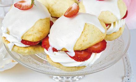 Whoopie Pies mit Mascarponecreme und Erdbeeren