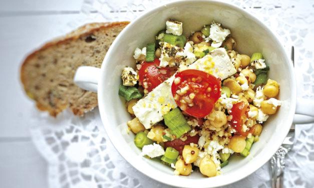 Quinoa-Bulgur-Kichererbsensalat