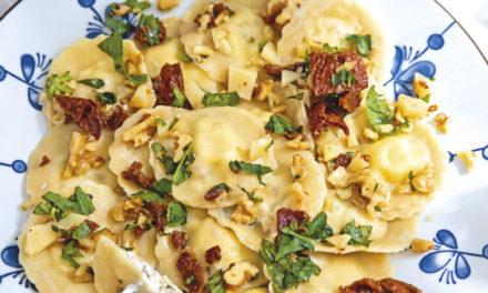 Gehacktes Pesto mit Ricotta-Ravioli