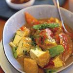 Tomaten-Tofu mit Dille